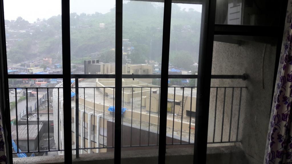 AJ Amazing Apartment in Kalyan