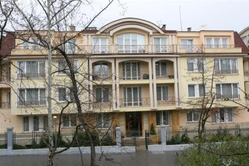 Apartment House Iztok in Sofia