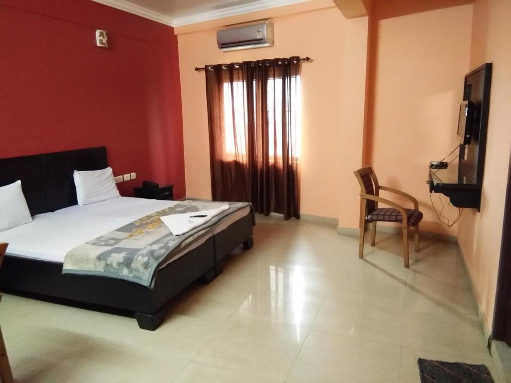 A.R.Residency in Kunnamangalam