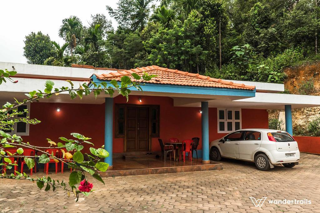 Bella Homestay - A Wandertrails Stay in Kalasa