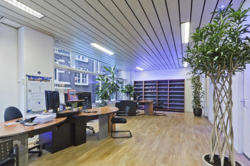 Budget Easy Rooms in Amsterdam