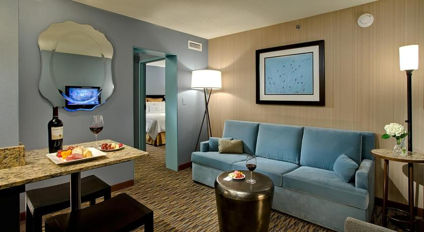 Crowne Plaza Chicago O'Hare Hotel & Conference Center in chicago