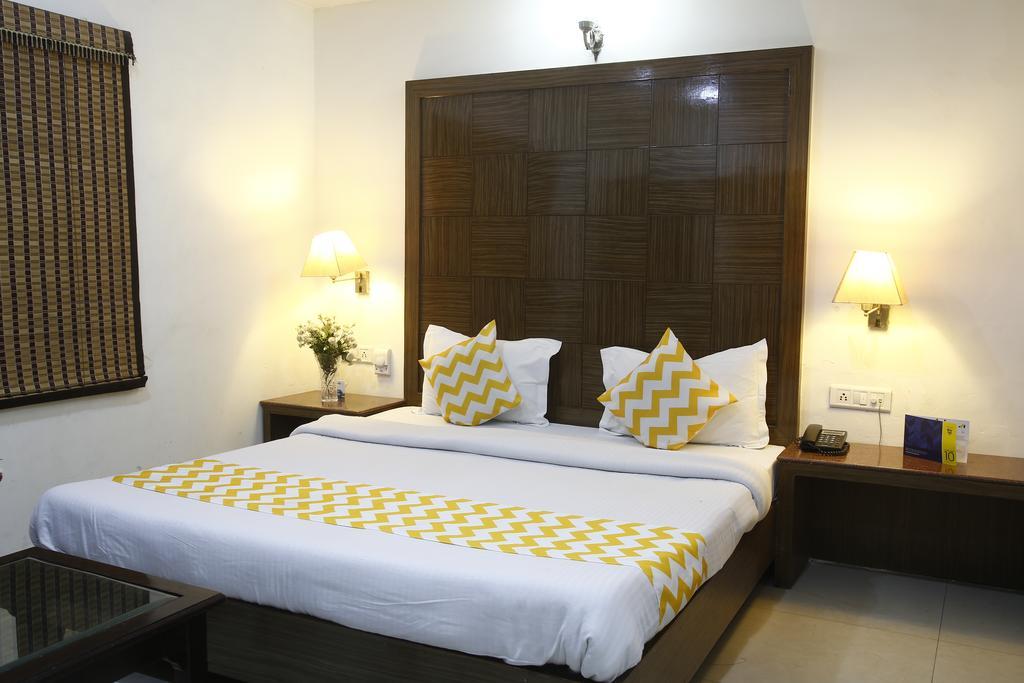 FabHotel Mohan International Paharganj in new delhi