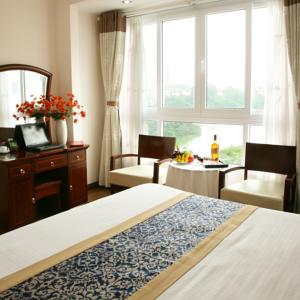 Golden Lake View Hotel in Hanoi