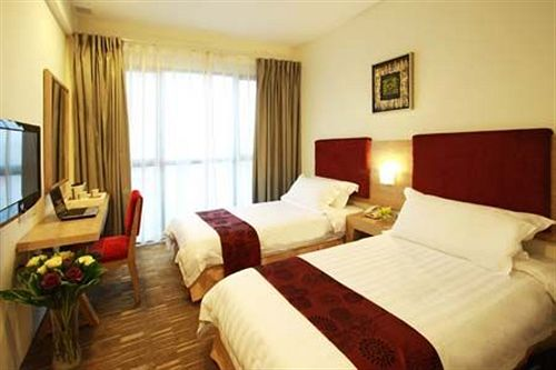 Hotel City Hub By Geostays in jalandhar