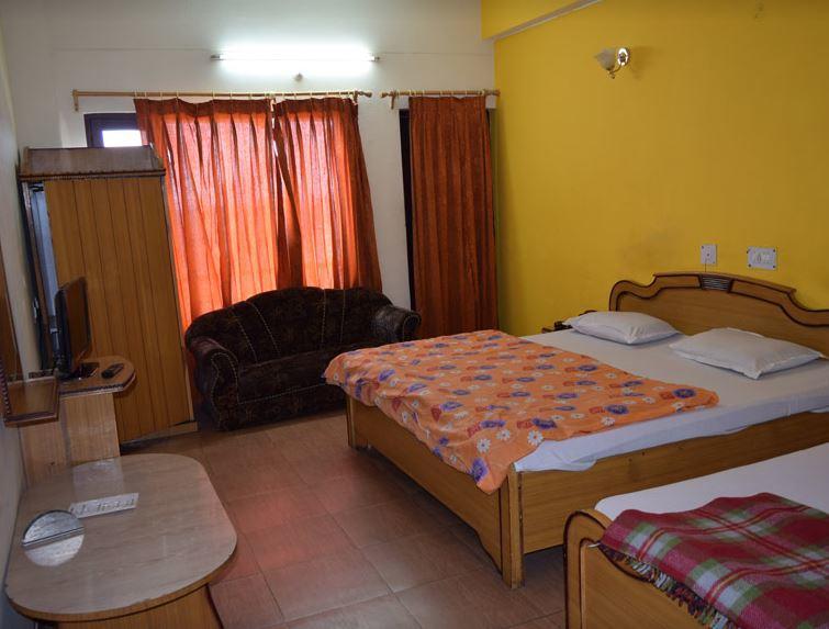 Hotel Pitamber in Almora