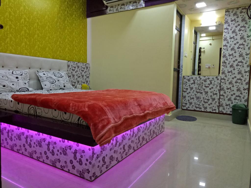Hotel Radha Krishna in Bhuj