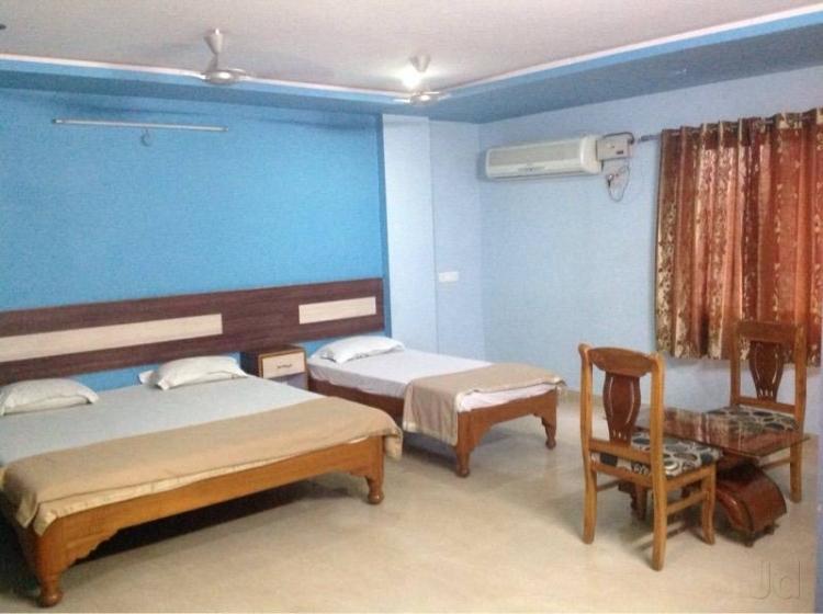 Hotel SLV Residency in Kurnool