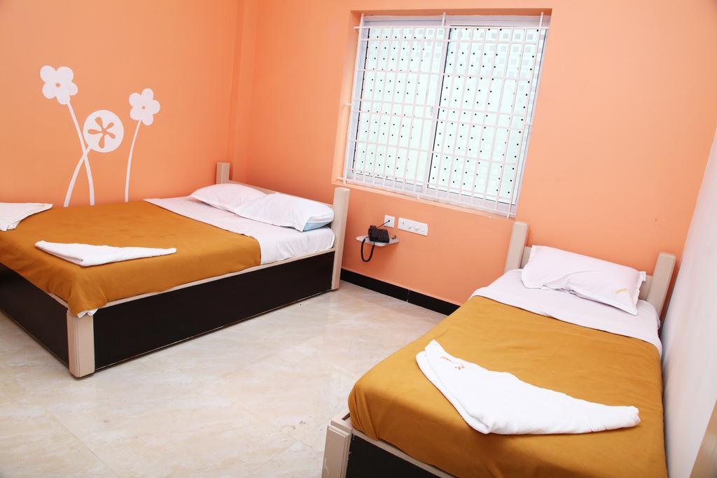 Hotel SRISANT in Madurai