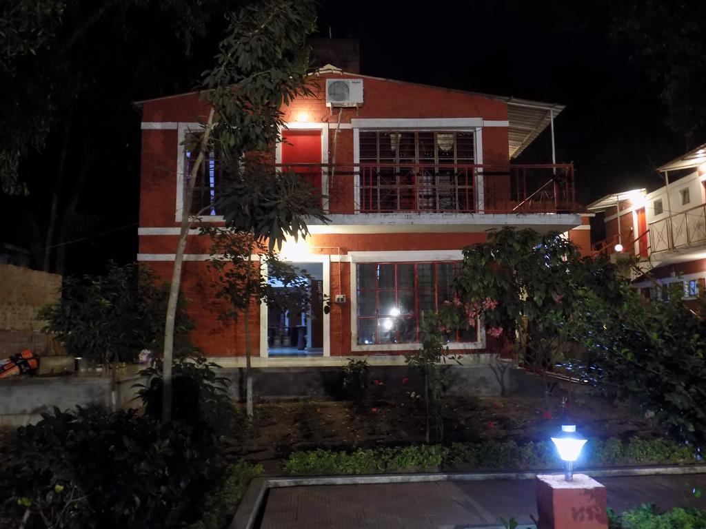 LA-Sonajhuri Resort in Bolpur