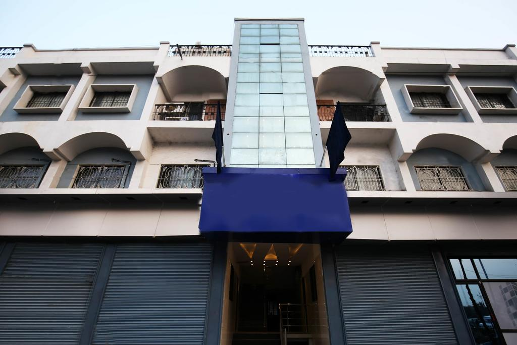 OYO 10417 Hotel Royal Front Residency in Aurangabad