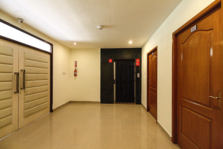 OYO 4538 Apartment Velachery in Chennai