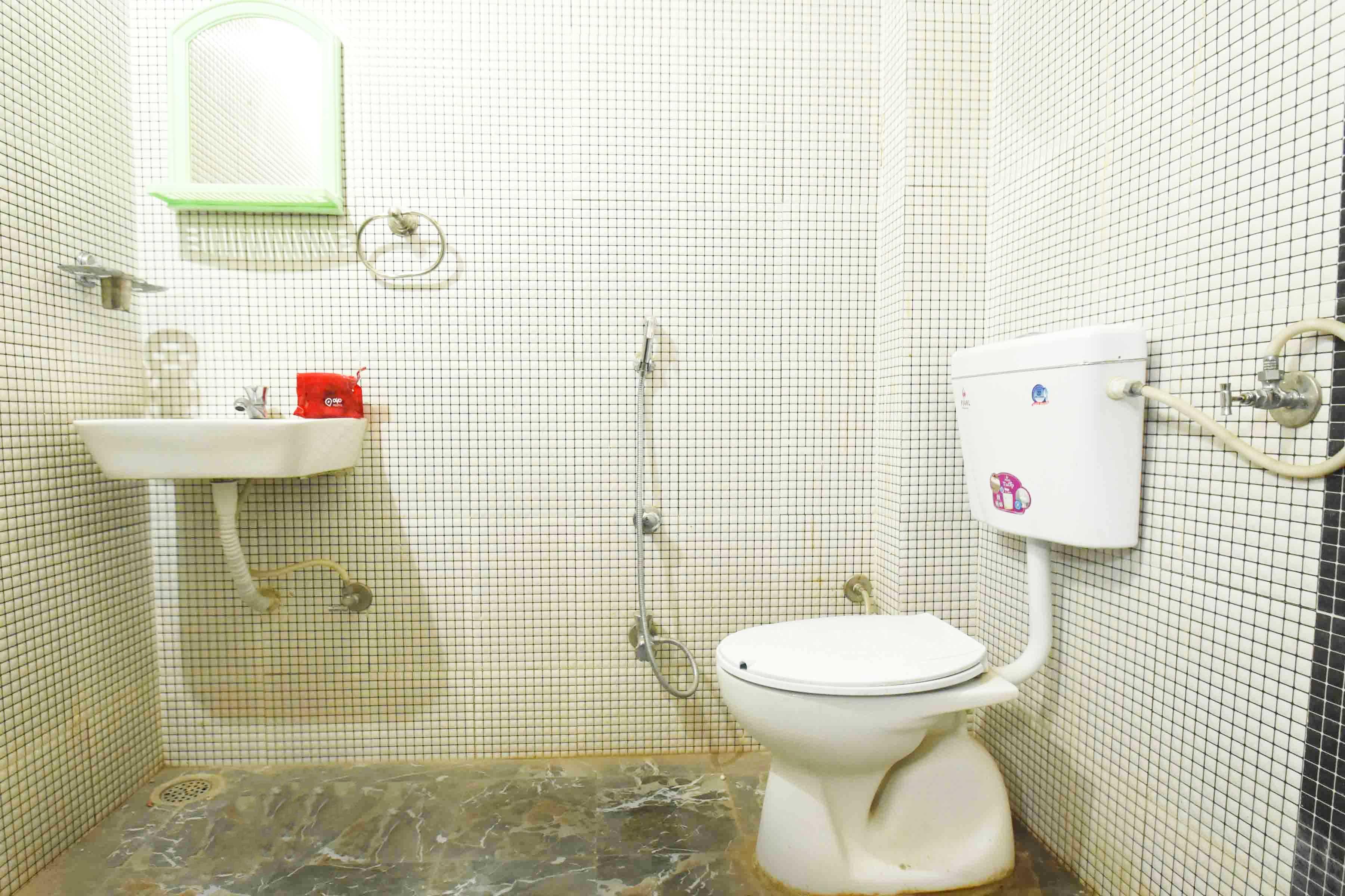 OYO 4579 Home Stay near IIM in Indore