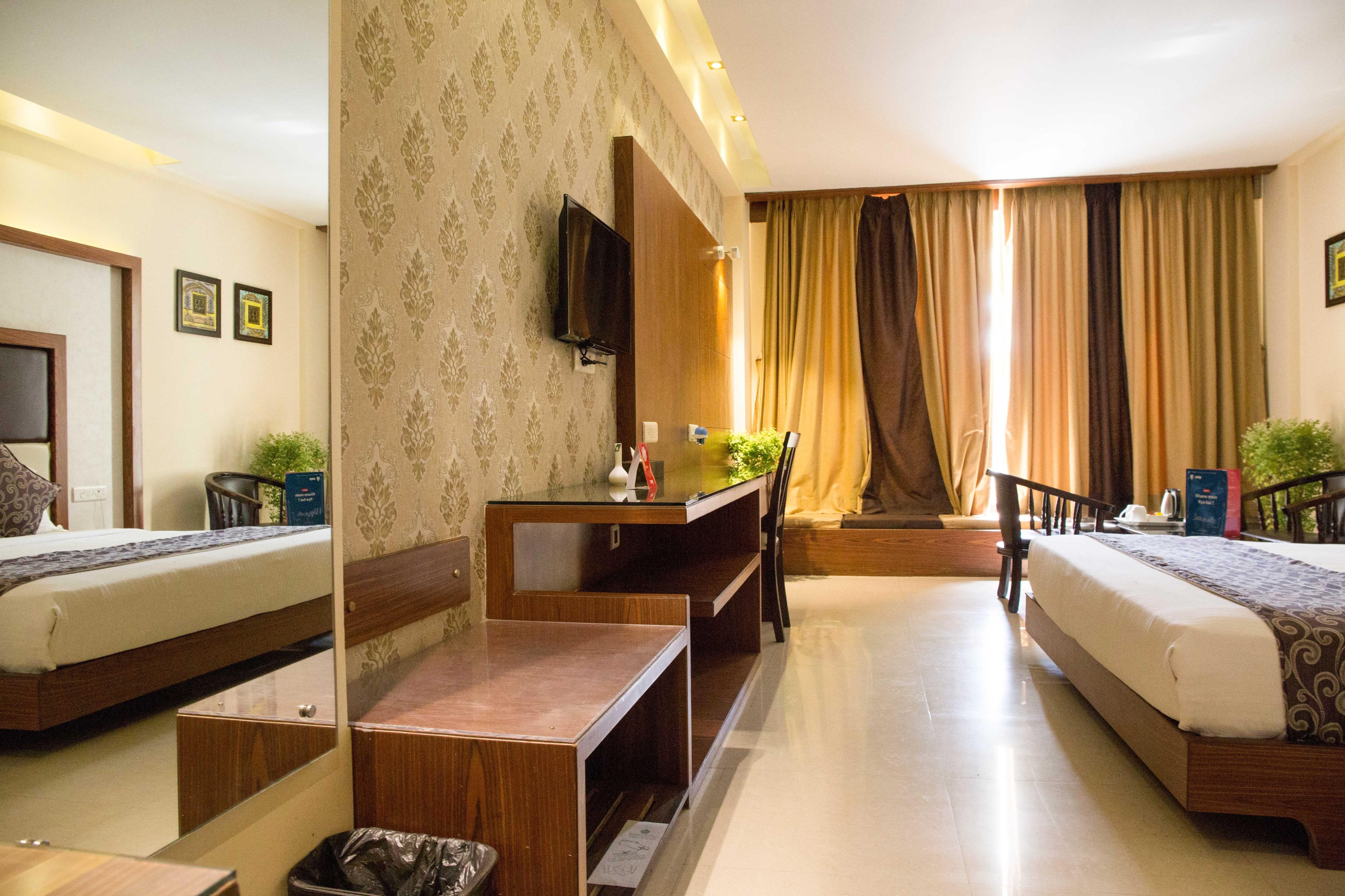 OYO 5033 Hotel Golden Palace in Puri