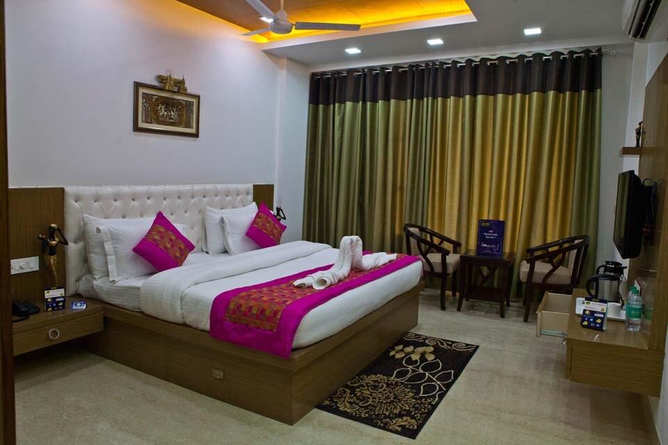 OYO 2272 Hotel Gazebo INN & Suites in Gurgaon