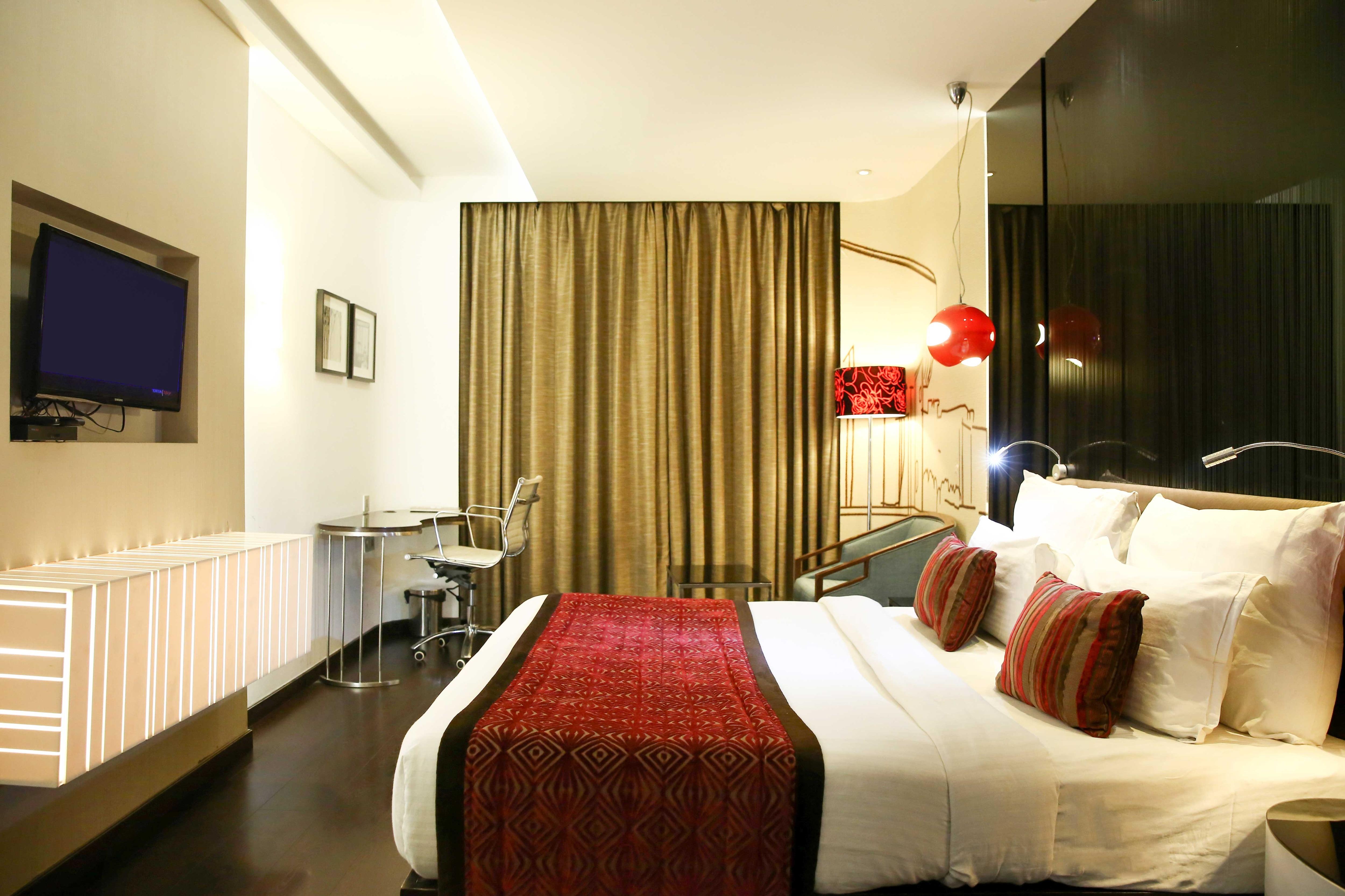 OYO 4896 The Gaur Hotel in Chandigarh