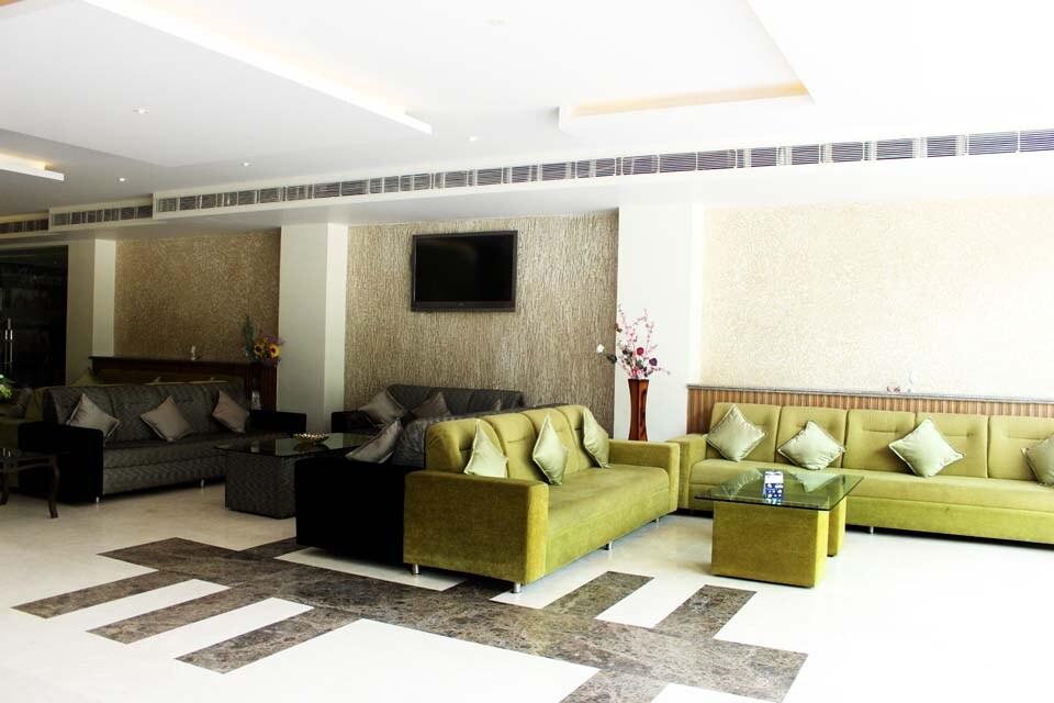 OYO 1945 Hotel Grand Shiva Resort in Rishikesh