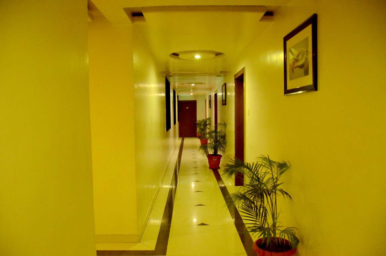 OYO 3714 Hotel Sanket Inn in Pune