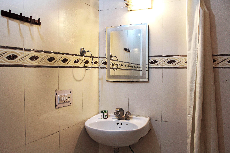 OYO 4812 Hotel Ambassador Deluxe in dehradun