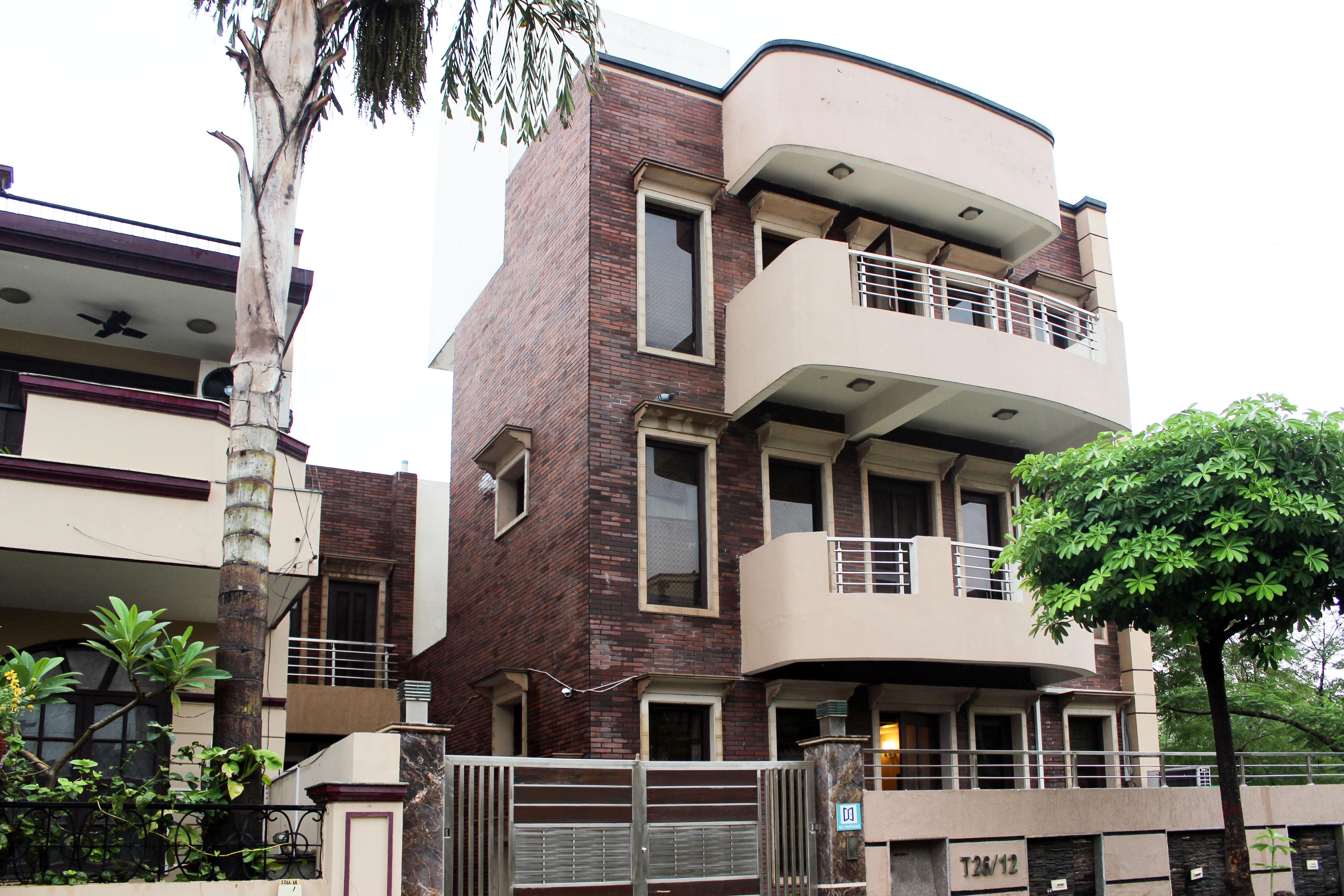 OYO 5642 Moon Residency in gurgaon