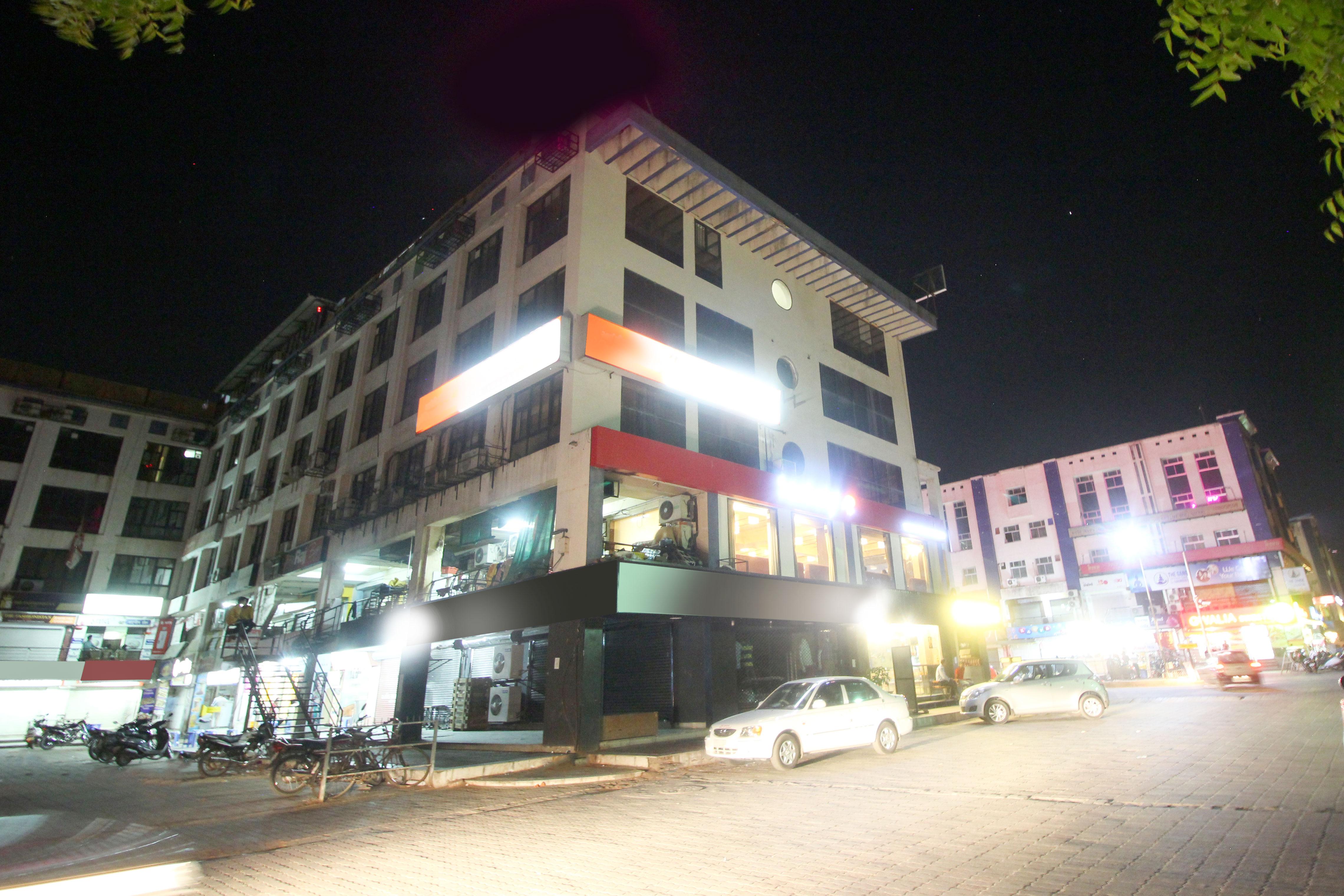 OYO 5585 Hotel Krishna Park Inn in ahmedabad