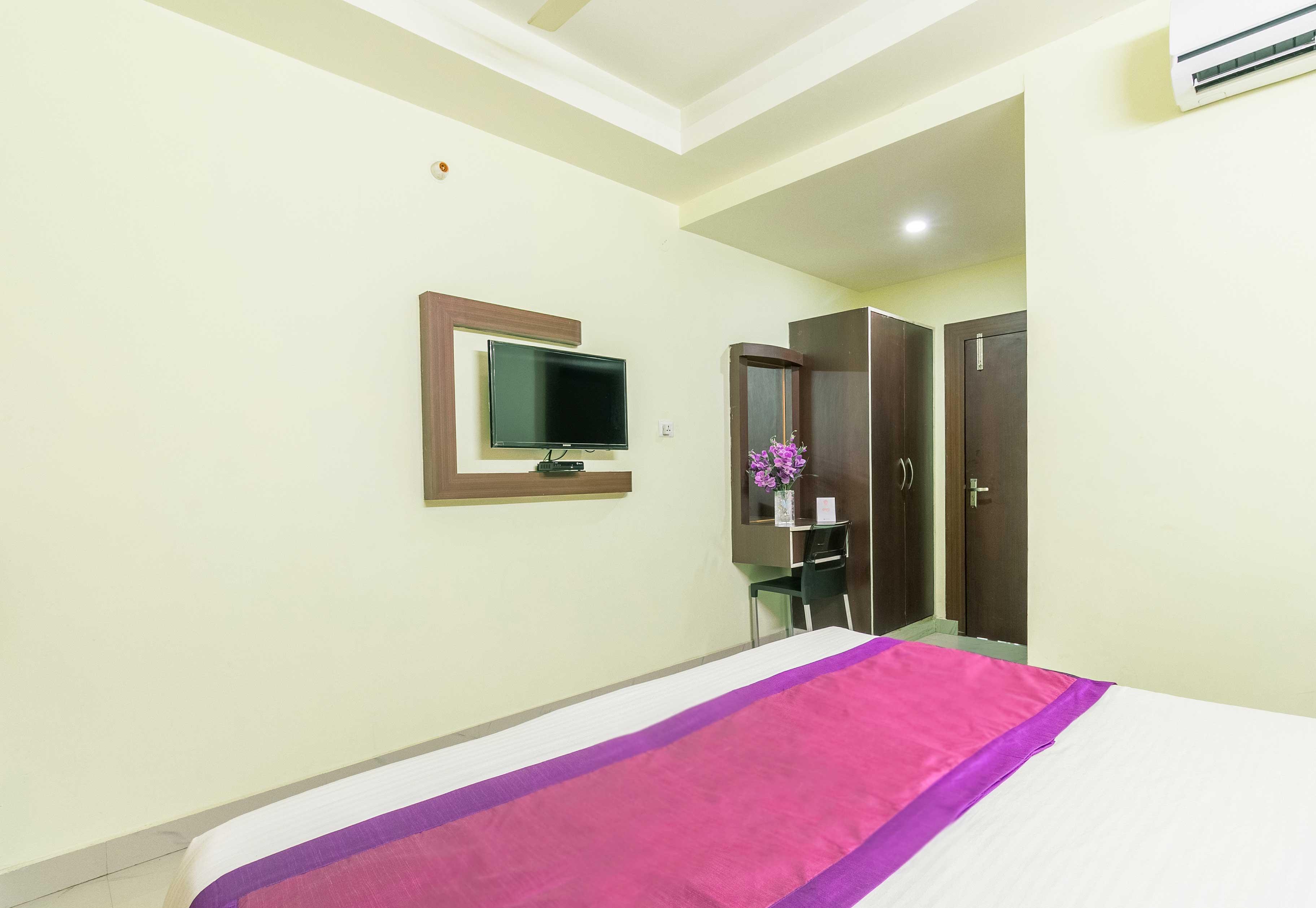 OYO 4862 Bikas Inn in Guwahati