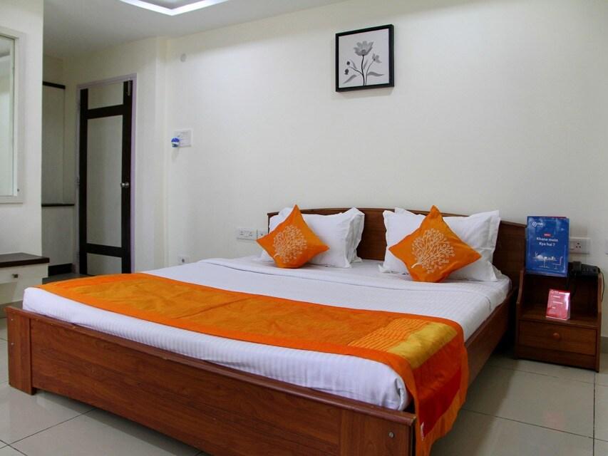 OYO 1550 Hotel Siri Inn in hyderabad