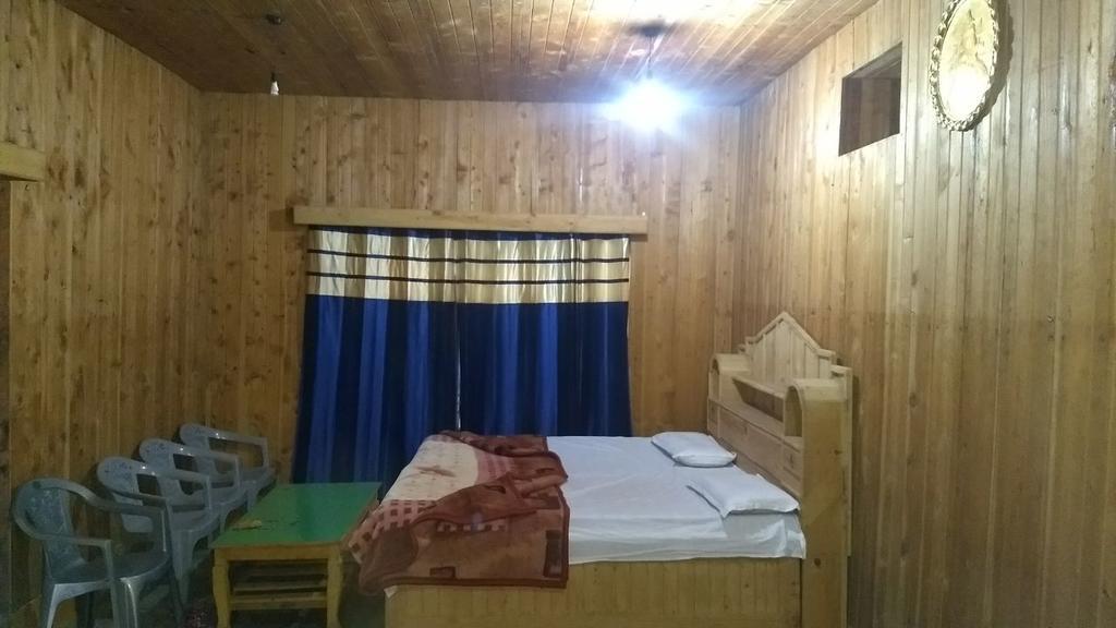 Pinewood Cottage Joatpass Khajjiar in Tiprī