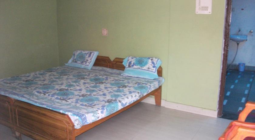 Safari Guest House in varanasi