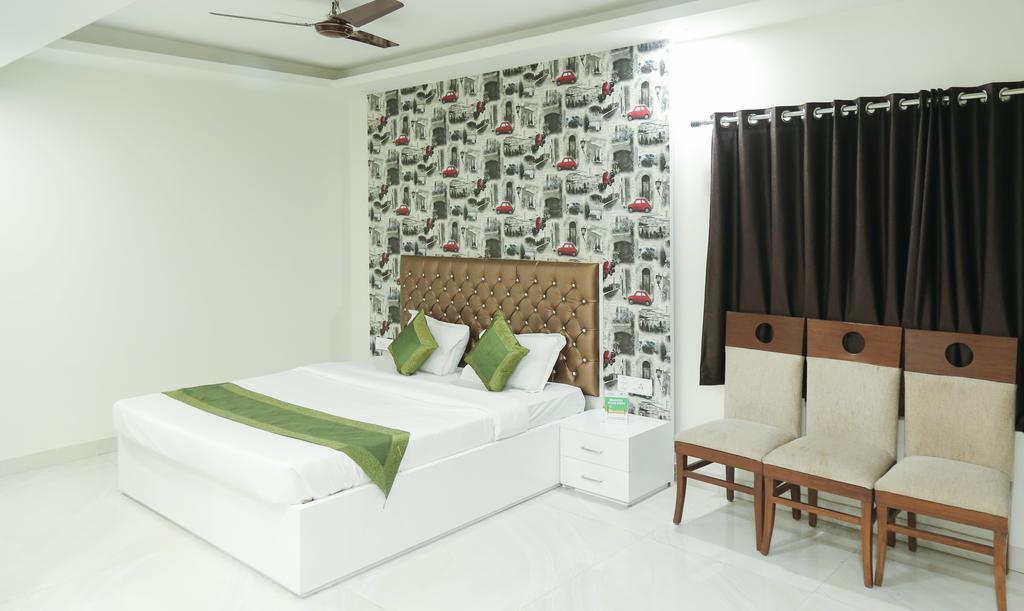 Treebo Ashirwad Hotel & Banquets in Ghaziabad
