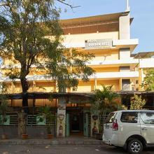 Hotel Golden Nest in Karivali