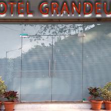Hotel Grandeur,Mumbai in Ghatkopar