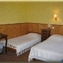 Hotel La Petite Auberge in Montalbert