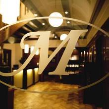 Maris Hotel Restaurant in Haste