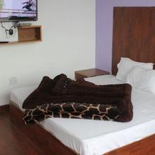 Aatithya Wood Resort in Chandrapur Bagicha
