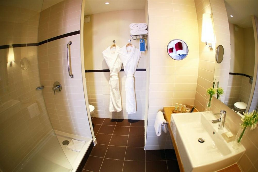 Airport Hotel in Aussonne