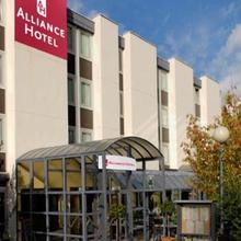 Alliance Hotel Saint-Quentin-en-Yvelines in Les Molieres