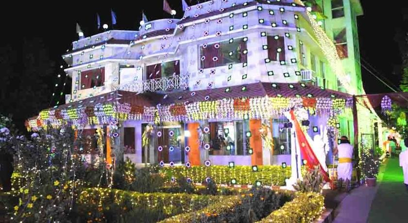 Platinum Amantran in Rampur Hat