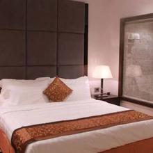 Amara Boutique Hotel in Bhojpur Dharampur