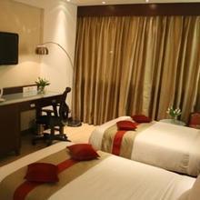 Amara Hotel in Bhankharpur