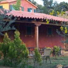 Apartamentos Rurales Candela in Canamero