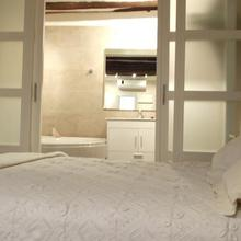 Apartamentos Vino Tinto in Almazorre