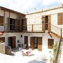 Arkela Agrotouristic Houses in Pakhna