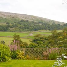 Arkleside Country Guest House in Feetham