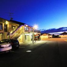 Auto Lodge Motel in Hamilton