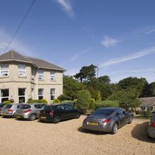 Bourne Hall Country Hotel in Rookley