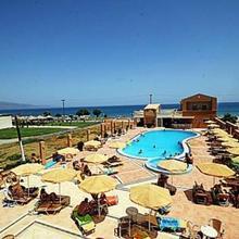 Castro Beach Hotel in Xirokambion
