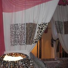Chambres d'hotes La Maison Bleue in Damparis