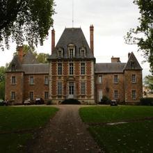 Château de Villars in Gennetines