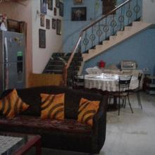 Clean/Green 2Bed Rooms in classy Civil Town in Hatibandha